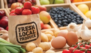 farmers-market-local-produce-520
